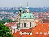 Sv. Mikuláš na Malé Straně a varhany, na které hrával Mozart